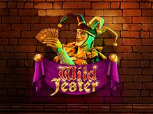 Играйте онлайн в автомат Wild Jester от Booming Games